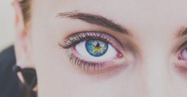 Voici comment le Botox peut être utilisé pour un lifting des sourcils